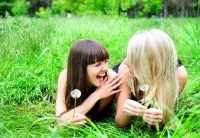 Puisi Persahabatan Untuk Seorang Teman