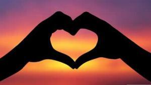 Puisi Galau Terbaru Cinta Adalah Segalanya