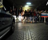 wire_block_at_ivanishvili_residence