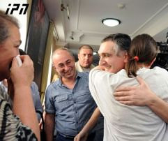 freed_defense_ministry_officials