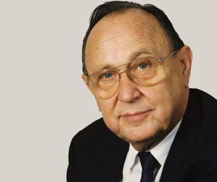 Hans-Dietrich