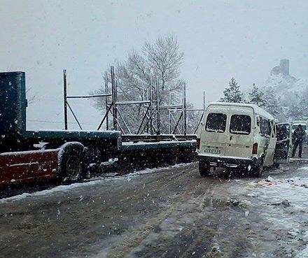 traffic_accident_truck_minibus