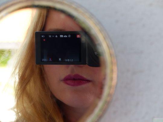 lipstick review 9 © www.dieblauenstunden.com