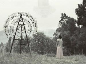 Zuerst die Apokalypse, danach die anarchistische, und freie Welt von Crumbs. Filmstill aus Chigger Ale, Lanzadera Films