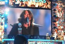 Video Of The Day: Foo Fighters Perform at US DNC 2012