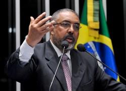 Senador Paulo Paim participa de plenária em Bento no dia 5