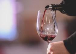Comercialização de vinhos brasileiros tem queda de 18,5% em 2016