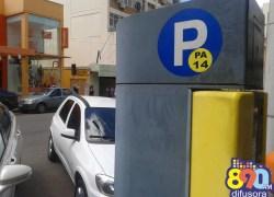 Monitora de carros estacionados na 'área azul' receberá pensão após atropelamento
