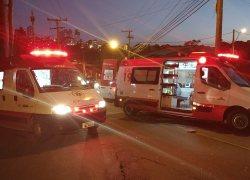 Dois ficam feridos em acidente no bairro Universitário em Bento