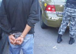 Homem preso com drogas no Fenavinho em Bento