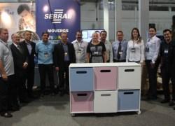 Projeto FIMMA Marceneiro doa móveis para Escolas Infantis de Bento