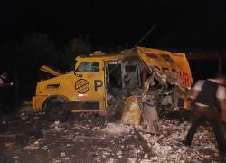 Bandidos explodem carro forte em roubo na BR-116 em Caxias do Sul