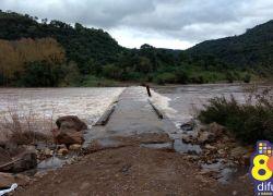 Ponte que liga Bento a Cotiporã está submersa