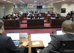 Contratação temporária de 80 auxiliares de educação infantil está na pauta da Câmara de Bento