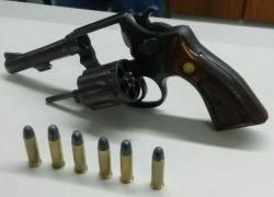 POE prende homem por porte ilegal de arma em Bento