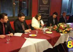 Empossadas diretorias dos Rotarys em Bento