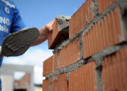 Trabalhadores da construção civil têm reajuste de 4,5%  em Bento