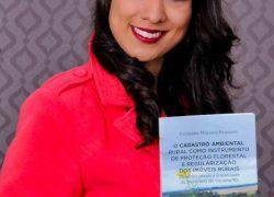 Acadêmica da UCS lança livro sobre Cadastro Ambiental Rural