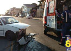 Colisão no trânsito envolve dois veículos e deixa duas pessoas feridas em Bento