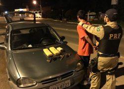 PRF apreende drogas, revólveres e veículo furtado em Caxias do Sul