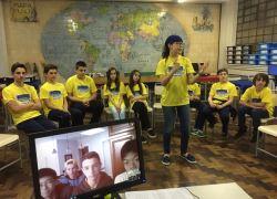 Grupo de robótica do Colégio Aparecida realiza videoconferência com alunos da Califórnia