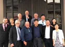 Secretários municipais acompanham visita de embaixador chinês à Vinícola Aurora de Bento