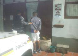 Dois homens presos por tráfico no Novo Futuro em Bento