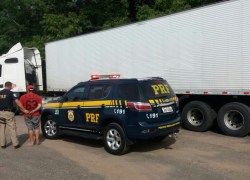 PRF recupera carreta roubada com 19 toneladas de salmão