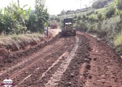 Prefeitura de Bento recupera cerca de 170km de estradas no interior