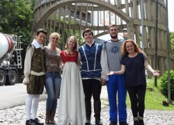 Escola Alfdredo Aveline realizará solenidade pelos prêmios recebidos no projeto sobre Shakespeare