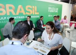 Indústria brasileira do mobiliário expõe em feira de Dubai