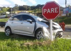 Mulher fica ferida em acidente no Trevo do Barracão entre Bento e Farroupilha