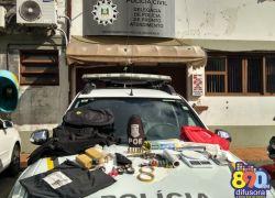 Indivíduo é preso com drogas, arma e munições no Vila Nova III em Bento