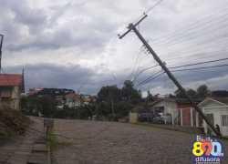 Fortes ventos causam transtornos em Bento Gonçalves
