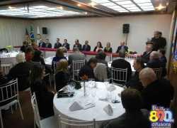 Rotary clubs de Bento realizam jantar de posse dos novos presidentes