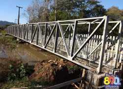 Iniciam obras de instalação de passarela para pedestres sobre o Arroio Barracão em Bento