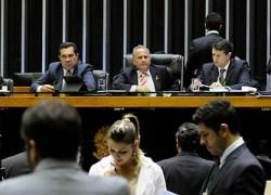 Deputados aprovam MP sobre preços mínimos para fretes rodoviários