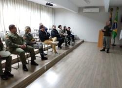 Secretário de Segurança participa de reunião com BM e comerciantes de Bento