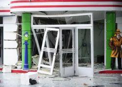 Criminosos explodem caixa eletrônico em posto de combustíveis na RS-122