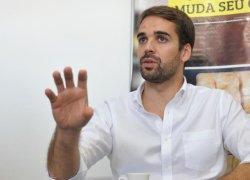 Candidato ao Piratini, Eduardo Leite, estará em Bento neste domingo