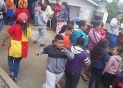 Moradores do Municipal em Bento realizam Festa do Dia da Criança