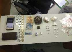 Homem é preso por tráfico de drogas no Centro de Garibaldi