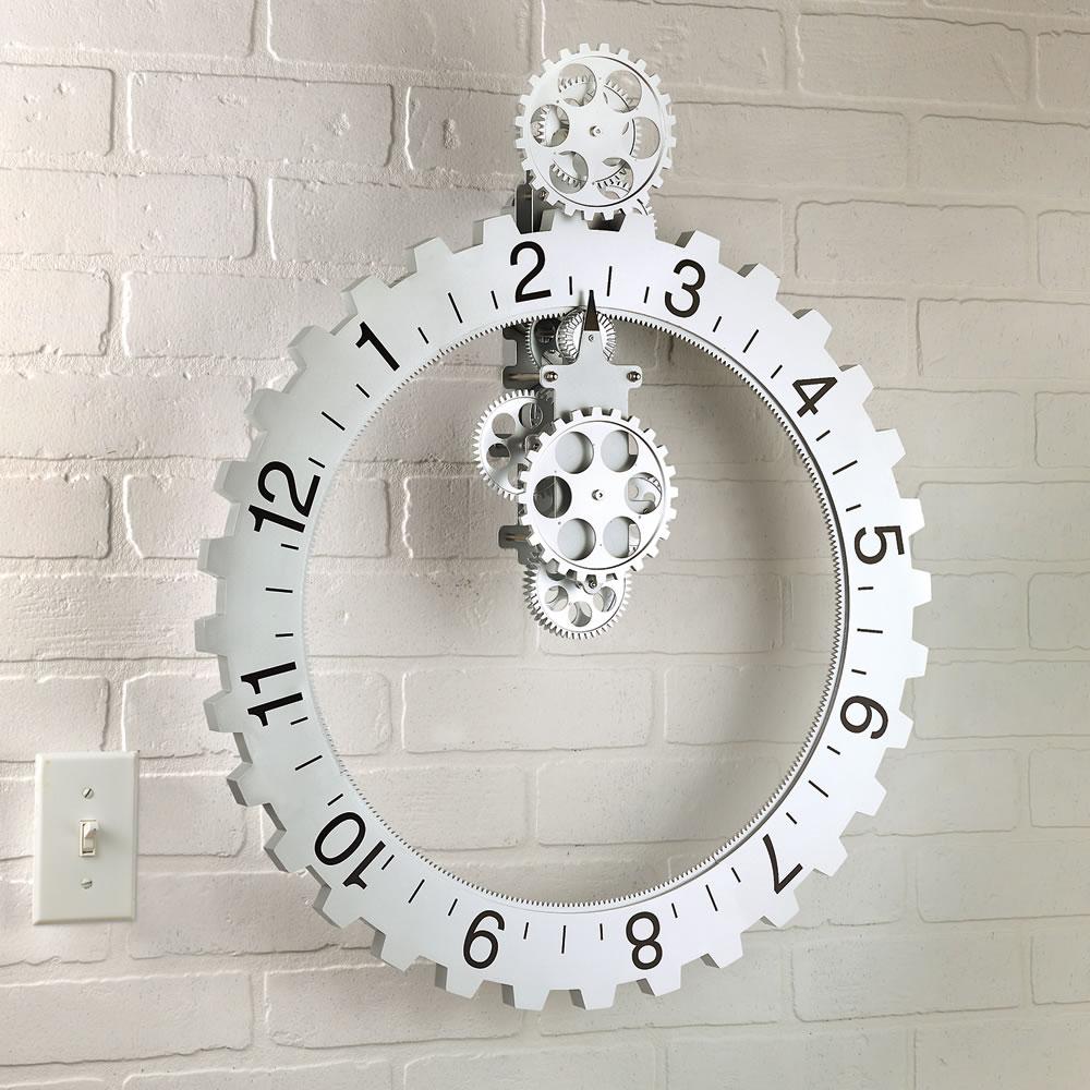 Soothing Hands Free Gear Clock Hands Free Gear Clock Hammacher Schlemmer Wall Clock Gadget Windows Xp furniture Gadget Wall Clock