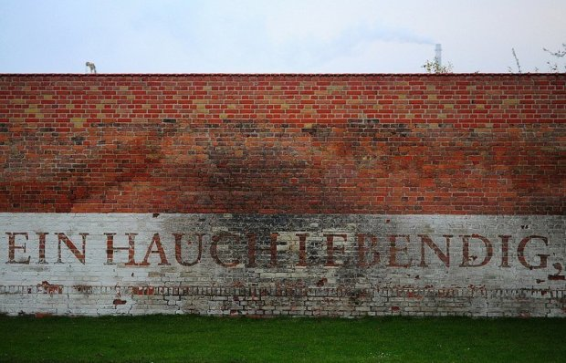 Ein Hauch Lebending - Part of the Moabit Sonnet from Albrecht Haushofer