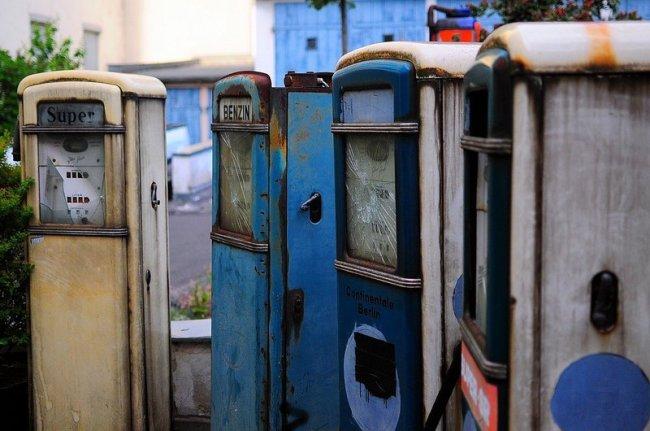 abandoned gas station pumps berlin