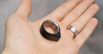 Um anel para a todos (os seus wearables) governar!