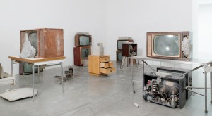 Wolf Vostell, 'Endogene Depression' installation view (all images courtesy of galerie Anne de Villepoix unless otherwise noted)