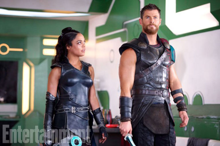 tessa thompson and chris hemsworth as valkyrie thor in ragnarok
