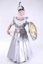 2065. Казахский костюм Томирис