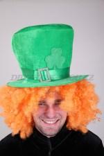 1702 головной убор шляпника